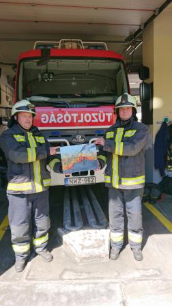 Keszthelyi tűzoltók a képükkel